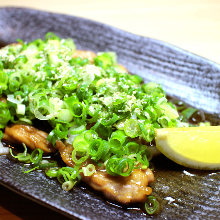 Grilled chicken neck and green onion