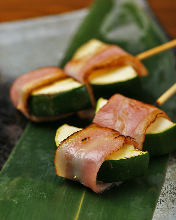 Bacon wrapped zucchini skewer