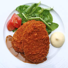 Minced beef cutlet