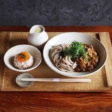 Keema curry udon