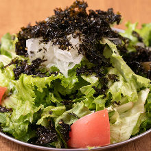 Korean-style salad with seaweed