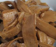 Menma / fermented bamboo shoots (topping)
