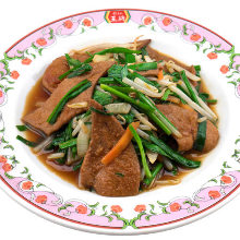 Stir-fried liver and garlic chives