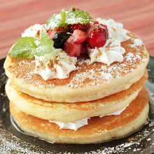 Fruits pancakes