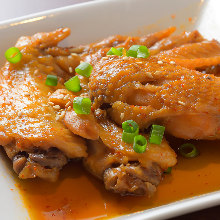 Simmered sweet soy sauce chicken wings (teba)