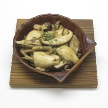 Stir-fried mushroom with butter