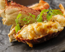 Lobster steak (1/2 tail) with gratin thermidor sauce