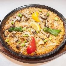 Mushroom and chicken paella