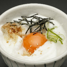 Tamagokake gohan (rice with raw egg)