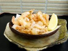 Fried small shrimp