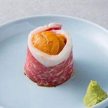 Sea urchin on beef