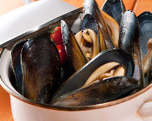 Mussels steamed in wine