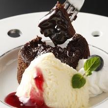 Fondant au chocolat (lava cake)