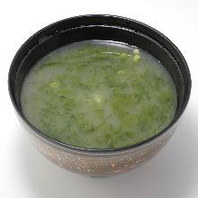 Seaweed miso soup