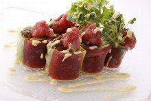 Fresh spring rolls of seafood