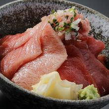 Chutoro (medium fatty tuna) and tuna rice bowl