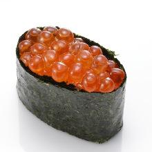 Salmon roe gunkan sushi rolls