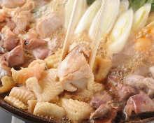 串八珍自慢の鶏すき鍋