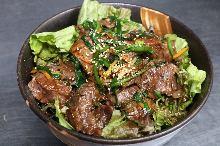 Beef skirt steak rice bowl