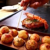 Takoyaki (octopus balls)