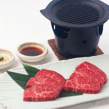 和牛もも肉鉄板焼き