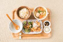 豚肉とあさりの和風チゲ膳【季節限定】