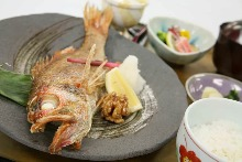 Grilled fish meal set