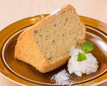 Chiffon cake with soy milk cream