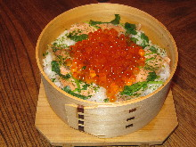 Kaisen Wappa Meshi (seafood cooked in a thin wooden container)