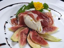Uncured ham and fruits