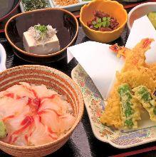 Seafood rice bowl set meal