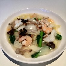 Yakisoba noodles with seafood ankake sauce