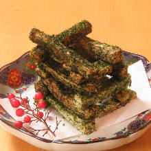 Chinese yam deep-fried without batter, topped with sea lettuce