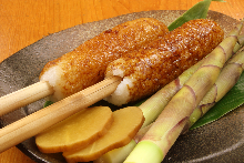 Kiritanpo (grilled rice paste dumpkings)