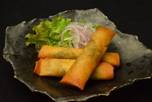 Chicken skirt and Japanese parsley spring roll