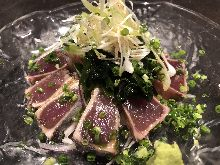 Seared skipjack tuna