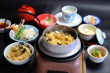 Kamameshi(kettle rice)