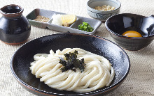 A bowl of chilled udon