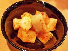 Cubed daikon radish kimchi