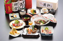 6,600 JPY Course (10 Items)