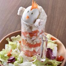 鶏タタキのシーザーサラダ