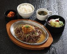 牛肉と野菜の炒め