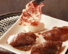 トロカルビの炙り寿司