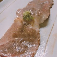 黒毛和牛の肉寿司