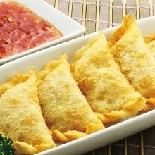 揚げ餃子(肉&海老)