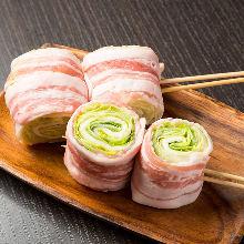 豚の野菜巻串 レタス