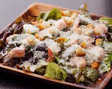 海老とアボカドのシーザーサラダ