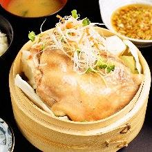 鶏肉とキャベツのせいろ蒸し定食