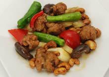 大豆肉とカシューナッツの炒め