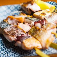 魚介の串焼き